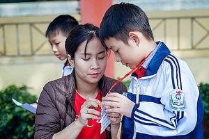 Chủ trương không tuyển mới giáo viên tiểu học có trình độ trung cấp hoặc CĐSP