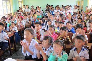 Bác thông tin cắt hợp đồng hơn 1.400 giáo viên ở Cà Mau