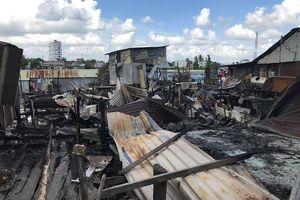 Hỗ trợ 17 triệu đồng cho 7 căn nhà bị cháy cạnh chợ nổi Cái Răng