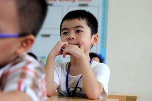 Nuôi con ăn học hàng tháng: 20 triệu cũng hết, 2 triệu cũng xong