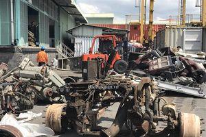 Hải quan TP.HCM phát hiện ô tô cũ nhập lậu bị cắt rời