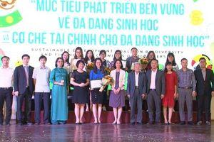 Trao giải cuộc thi hùng biện online 'Mục tiêu phát triển bền vững về đa dạng sinh học và nguồn tài chính cho đa dạng sinh học' ở Việt Nam