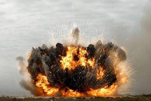 Mỹ dùng siêu bom thông minh dẫn đường GPS JDAM tại chiến trường Syria