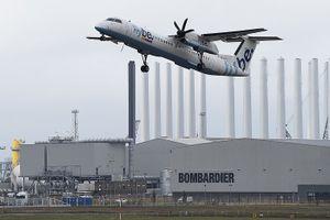 Máy bay lao xuống với vận tốc gần 80km/h, 48 người suýt mất mạng
