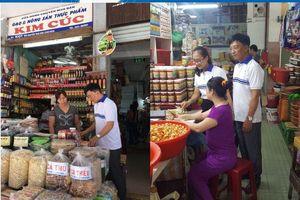 Đà Nẵng: Sử dụng VNPT Check để kiểm tra thông tin sản phẩm bán tại chợ Hàn