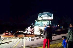 2 tai nạn, 4 người tử vong trong vòng 40 phút ở Nghệ An