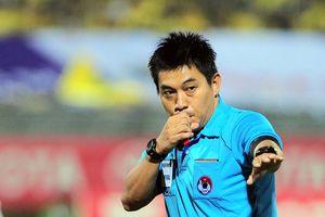 Trọng tài Nguyễn Hiền Triết xử lý tốt trận cầu Singapore - Indonesia