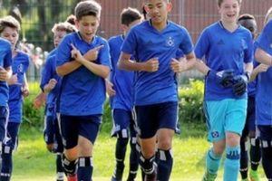 Cha ruột cầu thủ gốc Việt khoác áo U15 Đức nói gì về con trai?