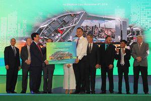 VWS tặng 6 xe chở rác chạy khí CNG cho TP.HCM, Long An, Kiên Giang