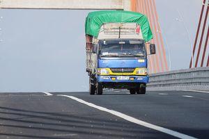 Nghiên cứu giảm tốc độ tối đa trên cầu Bạch Đằng 7.000 tỉ bị lún võng