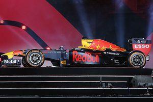 Chi tiết xe đua F1 của đội Red Bull mới xuất hiện tại Hà Nội