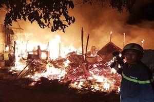 Cháy lớn gần làng trẻ SOS Gò Vấp