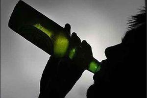 Gã chồng nát rượu đâm vợ tử vong vì bị đòi ly hôn