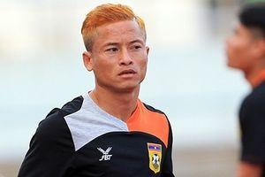 Nhìn Việt Nam thắng trận trên ghế dự bị, Messi của Lào cay đắng nói lời rời đội tuyển