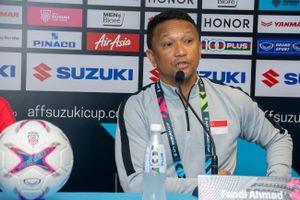 Bất ngờ đánh bại Indonesia, thầy trò Fandi Ahmad có 3 điểm đầu tiên trên sân nhà