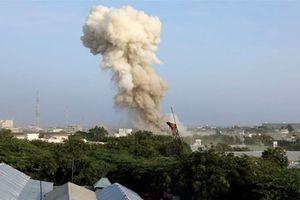 Đánh bom liều chết tại khách sạn ở Somalia, 17 người thiệt mạng