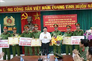 Khen thưởng đột xuất sau 2 vụ phá án giết người nghiêm trọng tại Hưng Yên