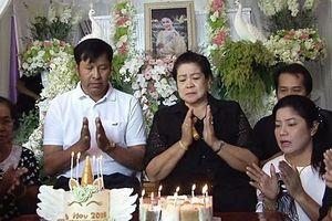 Tiệc sinh nhật nhiều nước mắt của Á hậu Thái Lan tử nạn cùng Chủ tịch Leicester