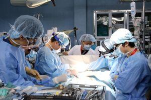 Ca ghép phổi đầu tiên của Việt Nam được thực hiện khi nào?