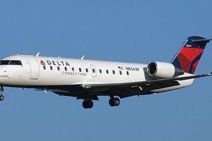 Phi cơ của Delta Air 'chạm mặt' máy bay không người lái
