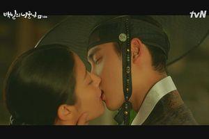 Đạo diễn '100 Days My Prince' nói gì về D.O (EXO) và những cảnh hôn?