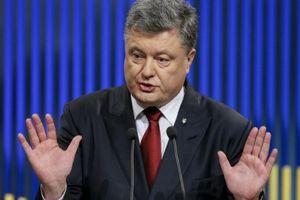 Ukraine: Công dân Nga tới Crimea qua cầu Kerch là phạm pháp, có thể phạt 3 năm tù