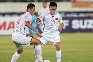 Văn Quyết chấn thương nhẹ trong trận đấu với đội tuyển Lào