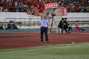 AFF Cup 2018: Văn Quyết chấn thương và cơn đau đầu của thầy Park