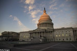 Chiến thắng vang dội vào Hạ viện, nghị sỹ Mỹ lo không đủ tiền thuê nhà ở Washington