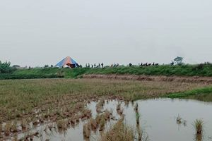 Thi thể phụ nữ chết cháy biến dạng ở bờ sông Thái Bình