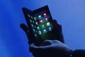 Samsung phát triển ứng dụng cho màn hình gập, Bixby và SmartThings