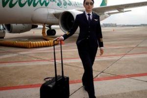 Nữ phi công ở Trung Quốc: Nghề hot nhưng khó được tuyển nhất thế giới