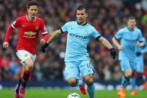 Derby thành Manchester: Chủ công, khách thủ