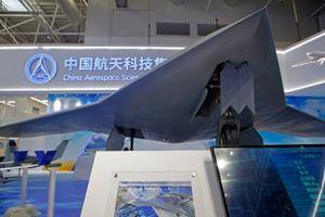 Cận cảnh dàn UAV 'năm cha, bảy mẹ' Trung Quốc vừa khoe ở Chu Hải