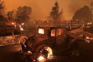 Cháy rừng như tận thế tại Mỹ: Một thị trấn bị thiêu rụi, ít nhất 5 người thiệt mạng