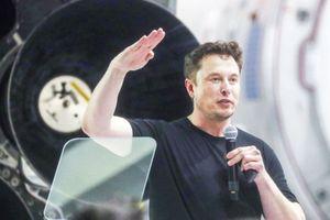 'Elon Musk độc nhất vô nhị như Warren Buffett, Jeff Bezos'