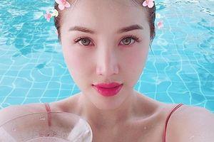 Khoe khoảnh khắc sexy bên bể bơi, Bảo Thy tự tin cho mình là: 'Nữ thần biển cả phiên bản tả thực'