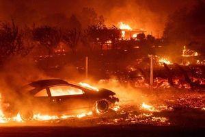 Cháy rừng ở Mỹ, 9 người thiệt mạng, cả thị trấn bị thiêu rụi