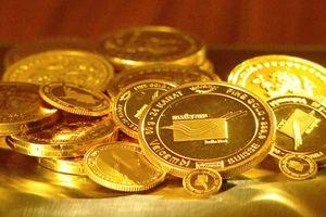 Giá vàng ngày 10/11: Thị trường quốc tế giảm sâu do đồng USD tăng mạnh