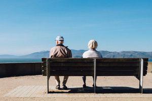 Theo bạn người già thường tiếc nuối nhất điều gì?