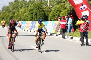 Kết thúc Giải xe đạp Truyền hình Bình Dương mở rộng lần V-2018