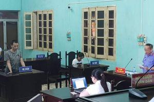 Bắc Giang: Chém người, hủy hoại tài sản, kẻ ngáo đá lĩnh án tù