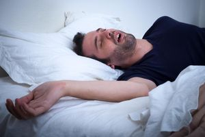 Bí quyết ngủ ngon sau 2 phút, ngay cả khi súng nổ bên tai của lính Mỹ