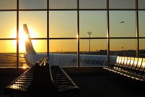 Máy bay Air France chở 280 người phải hạ cánh khẩn cấp
