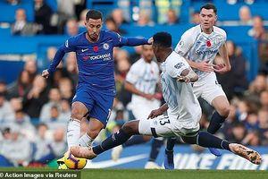 Bị Everton cản bước, Chelsea 'hụt hơi'