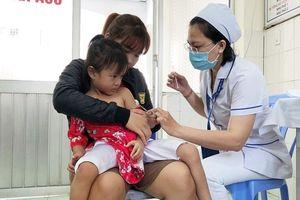 300.000 trẻ dưới 5 tuổi tại TP.HCM được tiêm bổ sung vắc xin sởi – rubella