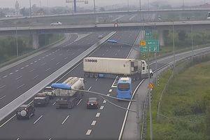 Xe container ngược chiều trên cao tốc: 4 mạng người và 1 án 'oan' còn chưa đủ thức tỉnh sao?