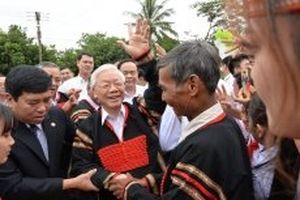 Tổng Bí thư, Chủ tịch nước Nguyễn Phú Trọng dự Ngày hội Đại đoàn kết toàn dân tộc tại Đác Lắc; làm việc với cán bộ chủ chốt của tỉnh