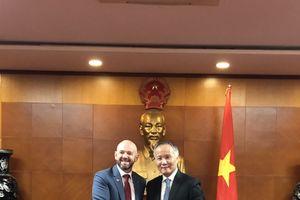 Thứ trưởng Trần Quốc Khánh tiếp Bộ trưởng Thương mại và Công nghiệp Bang New South Wales (Úc) và Dự Lễ ký MOU giữa Tập đoàn T&T và Tập đoàn Hunternet