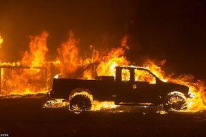 Cháy rừng California: 25 người thiệt mạng, 110 người mất tích